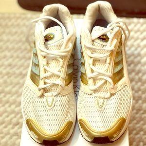 Adidas women's clima cool running sneaker